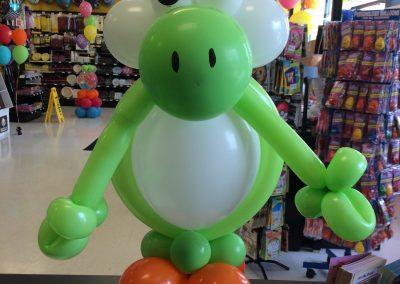 Yoshi Balloon Figure